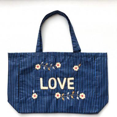 Kossiwa bag embroidered LOVE