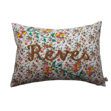 Coussin brodé REVES