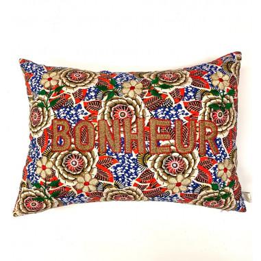 Embroidered cushion BONHEUR
