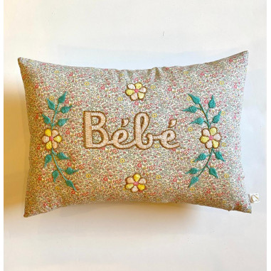 Embroidered cushion Bébé