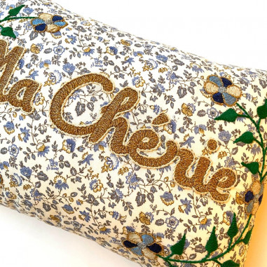 Embroidered cushion Ma chérie