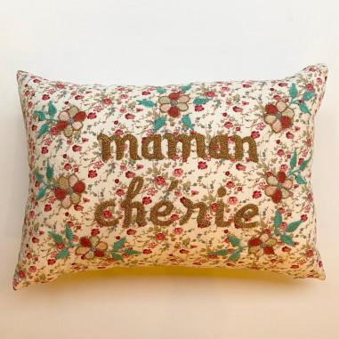 Embroidered cushion Maman chérie