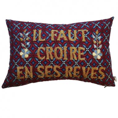 Embroidered cushion IL FAUT CROIRE EN...
