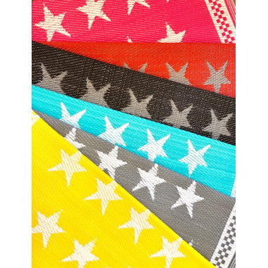 Recycled plastic rugs - Etoiles (stars)
