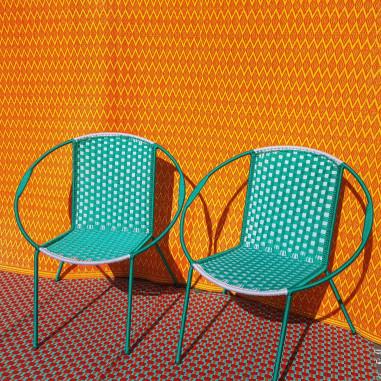 Couple de fauteuils en fils de pêche...
